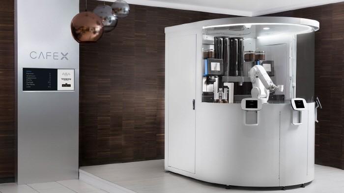 바리스타는 없다… 로봇 커피숍