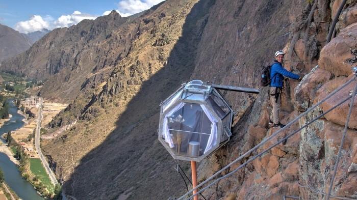 페루에 400M 절벽에 위치한 '캡슐