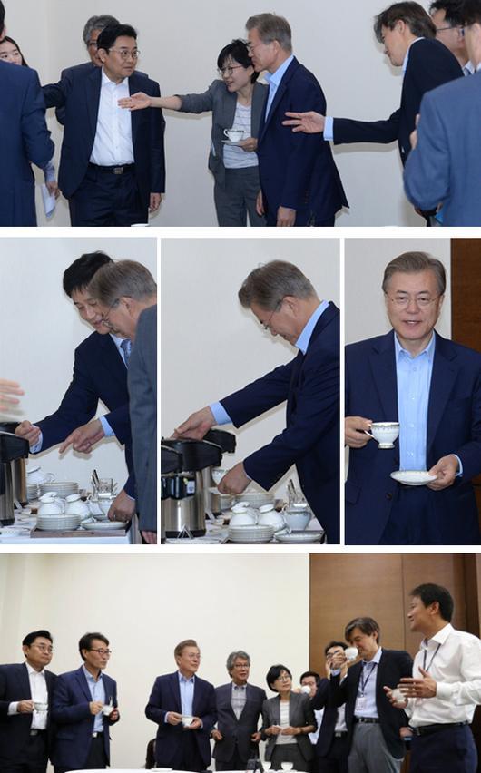 문재인 대통령, 이번엔 '셀프 커피'