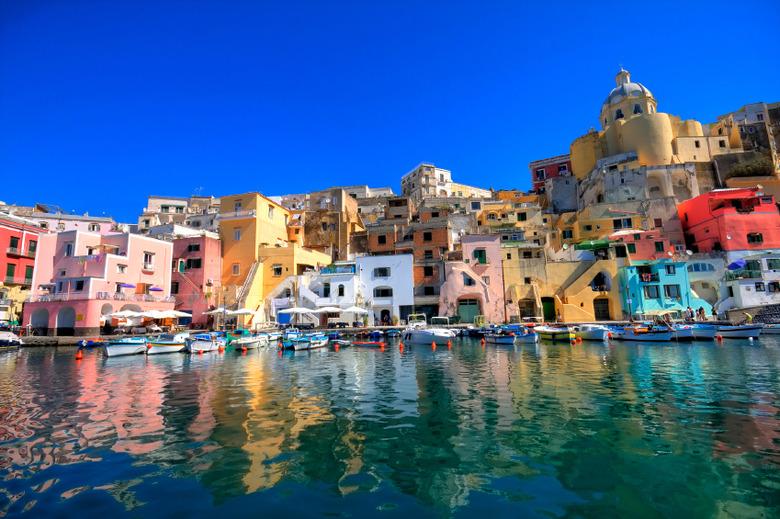 관광객 없는 숨겨진 유럽 여행지 대공