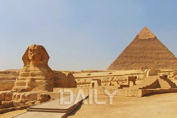 이탈리아 베네치아, 이집트 피라미드