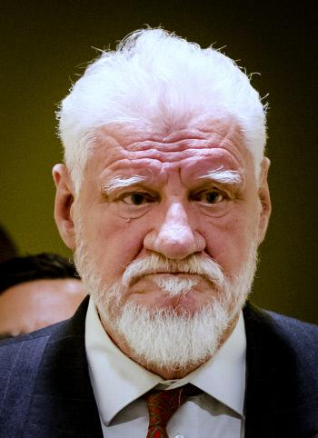 백발의 크로아티아 전범은 왜 법정에서