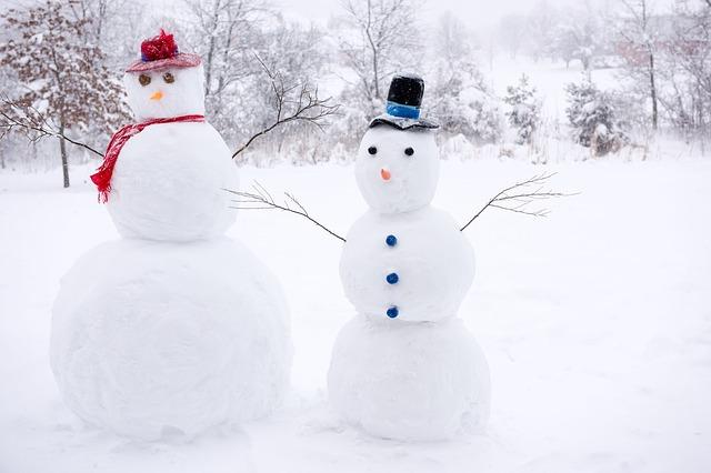 눈 오는 날 들으면 좋을 겨울 노래