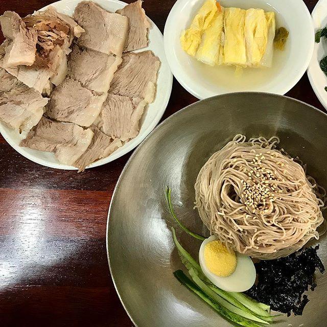 메밀향 가득 코끝까지 새콤한 서울 막