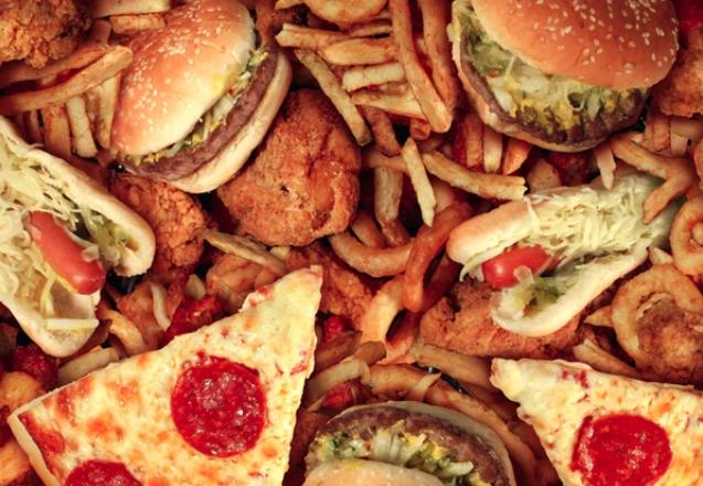 고칼로리 음식에 끌리는 과학적인 이유