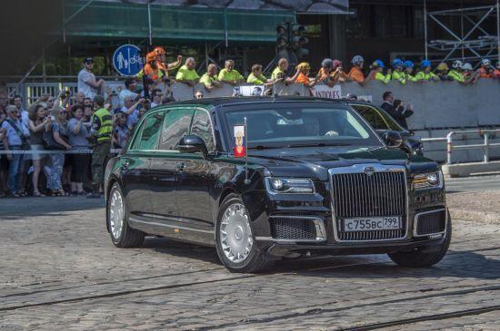 푸틴의 전용차는 '완전 잠수'도 가능