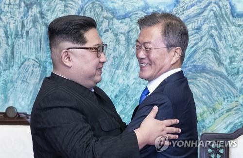 """문대통령 18∼20일 방북…김정은 """""""
