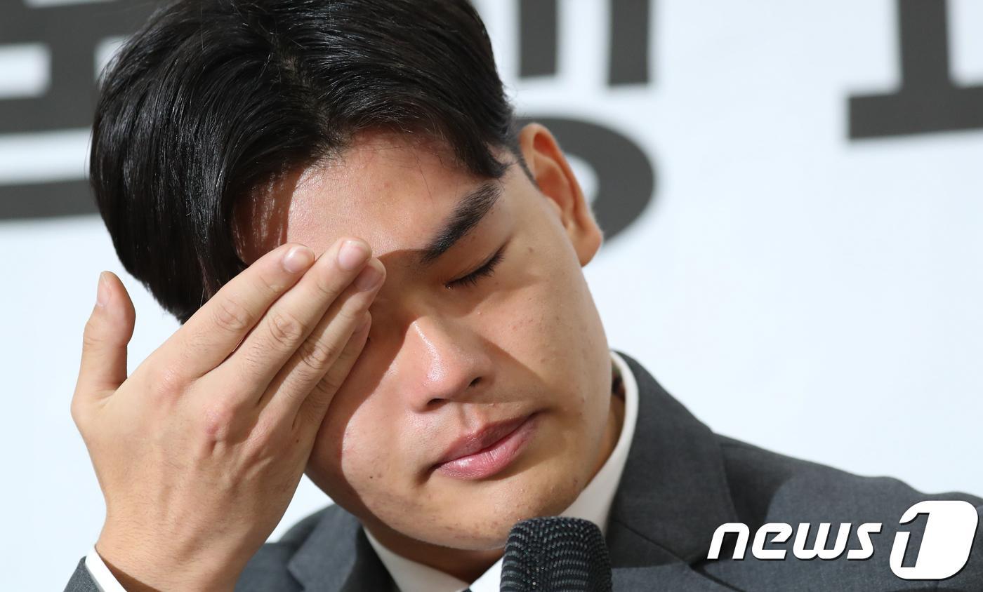 """더이스트라이트 이석철 """"폭행당한 이승"""