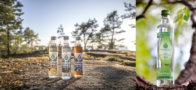 '노르딕 코이부(Nordic Koivu)'(왼쪽)과 '아크틱 버치샙'(Arctic Birch Sap)의 자작나무 수액 음료<br />