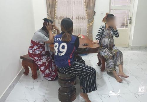 캄보디아서 외국인 상대 '아기공장'