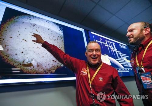 """인사이트호, """"무결점"""" 착륙…2년간"""