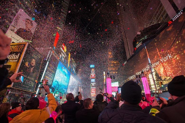 뉴욕 새해를 화려하게 수놓는 행사 T