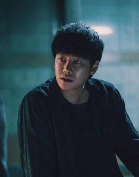 '임팩트甲' 김동욱·정해인·정경호·도