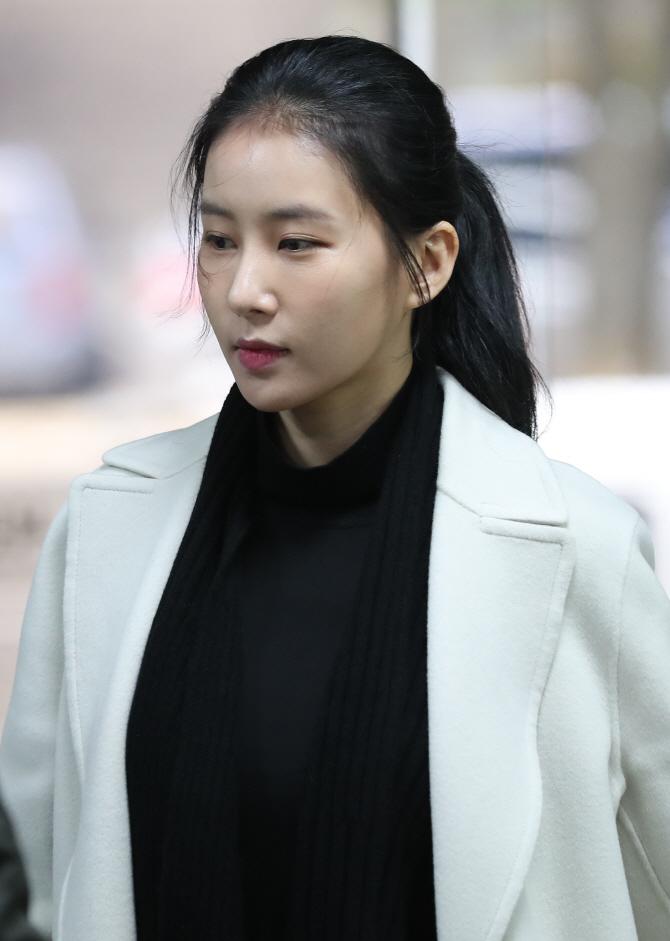 """김정민, 부친상…""""15년 넘게 연락"""