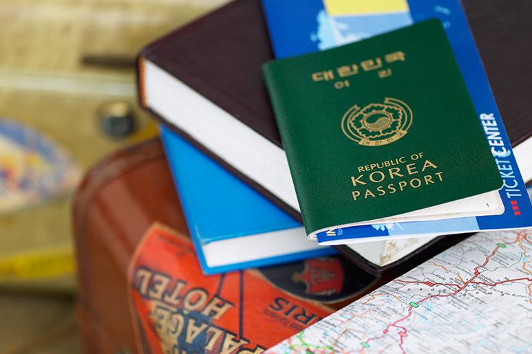해외여행 시 챙겨야 할 필수 준비물