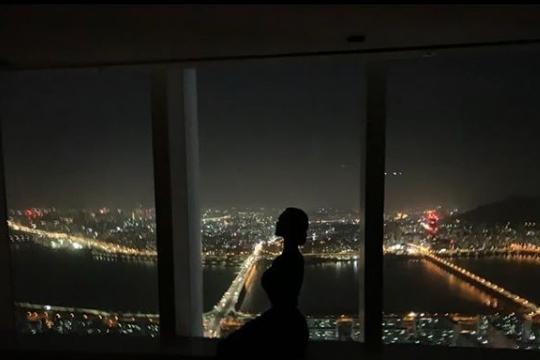 '결혼' 클라라, 초호화 신혼집 공개