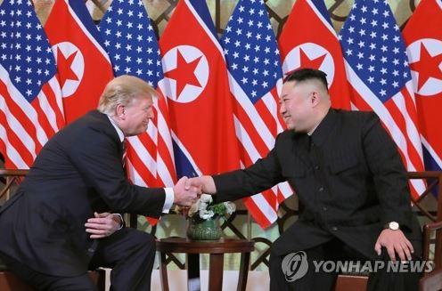 """김정은 """"비핵화 의지 없으면 여기 오"""