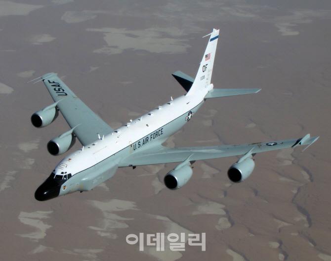 美, 대북 정찰 강화…RC-135W,