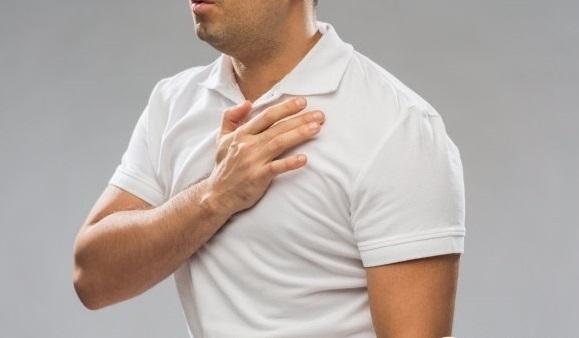 [사진설명=환절기 급격한 온도차는 혈관에 부담을 줘 각종 심혈관질환 위험이 높아질 수 있어 주의해야 한다.]