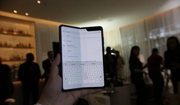 삼성과 LG의 상반기 스마트폰 기상도