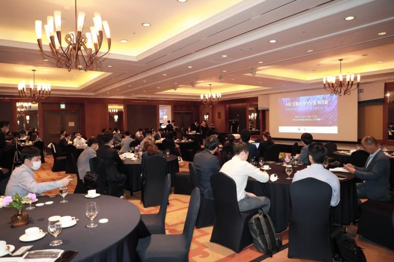 사진=세계자연기금(WWF)이 지난 8일 서울 그랜드 인터컨티넨탈 호텔에서 'ASC 전복 인증서 수여식 및 지속가능 수산물 시장 확대를 위한 워크숍'을 열고 국내외 지속 가능한 수산물 시장 확대 방안을 논의했다.