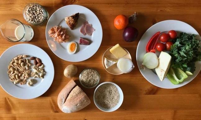 스웨덴의 민간단체 잇-랜식위원회(The EAT-Lancet Commission on Food, Planet, Health)가 인류의 건강과 지구를 위해 제안한 '인류세 식단'의 예 [사진=잇-랜식위원회]