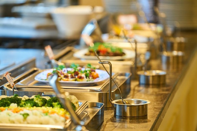 food-service-buffet-open-restaurant-nutrition (1).jpg