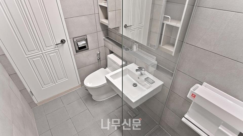 2층 화장실A