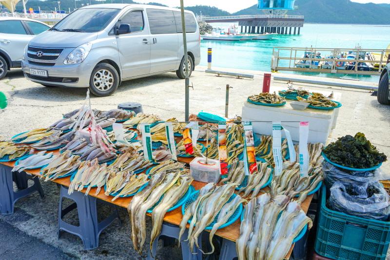 마량항 수산시장