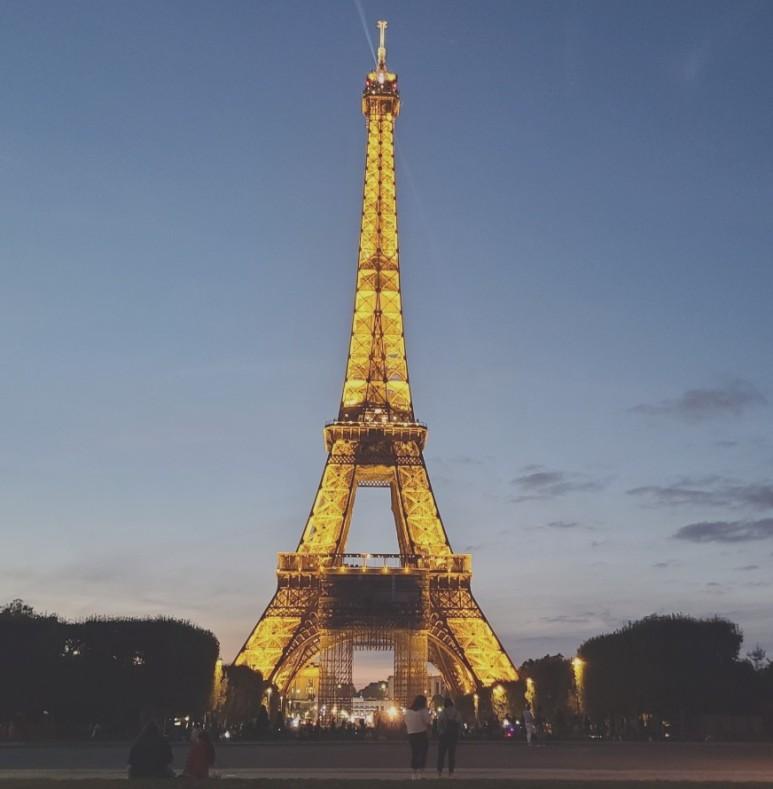 에펠탑의 야경