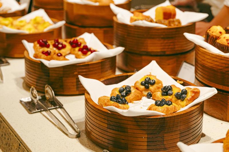 뷔페 레스토랑 아리아의 조식에서 베이커리 섹션은 특히 좋다